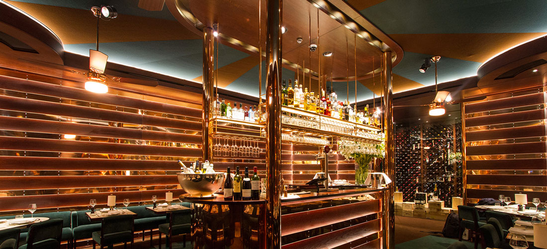 casa cruz restaurant ceiling