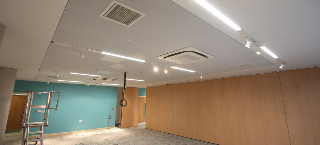 Acoustic fabric ceiling in university classroom